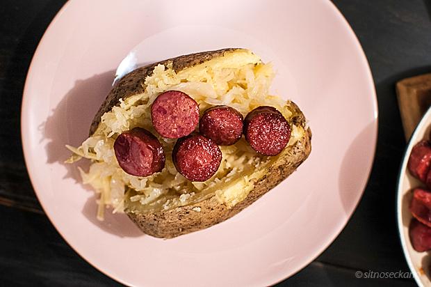 sauerkraut sausage