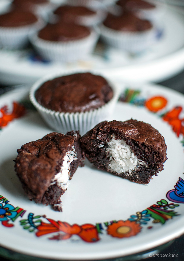 chocolate_coconut_muffins-21
