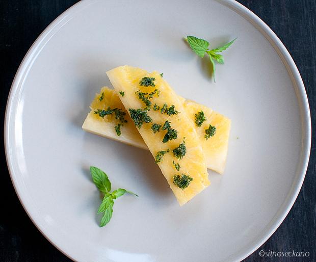 ananas i slivi-2