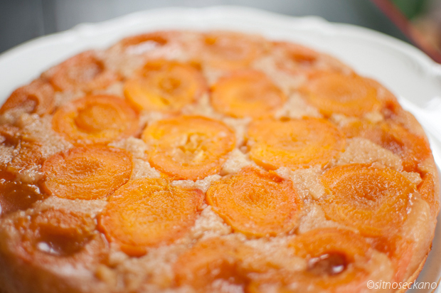 apricot ginger cake upside-down