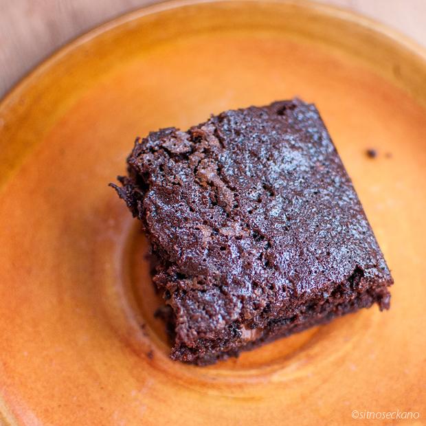 zucchini chocolate cake-10