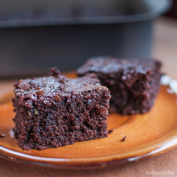 zucchini chocolate cake-12