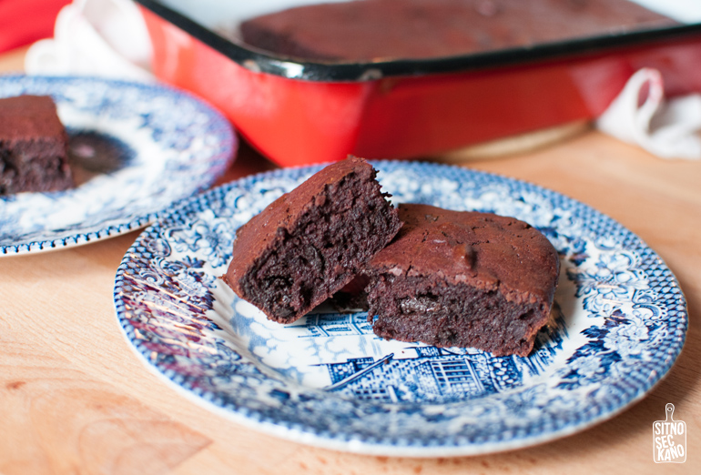 Purple Sweet Potato Brownies / Sitno Seckano