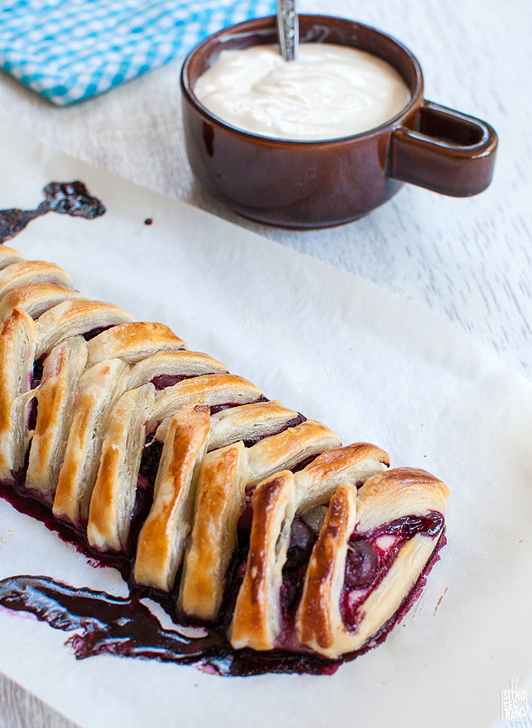 sour cream blueberry pastry-24