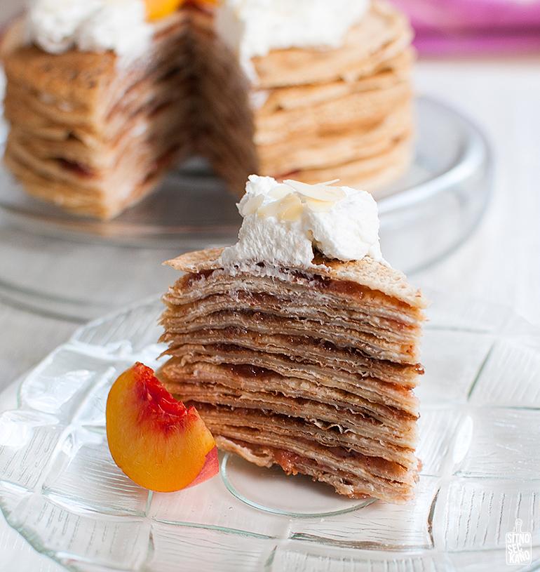 Strawberry jam and creme crepe cake / Sitno seckano