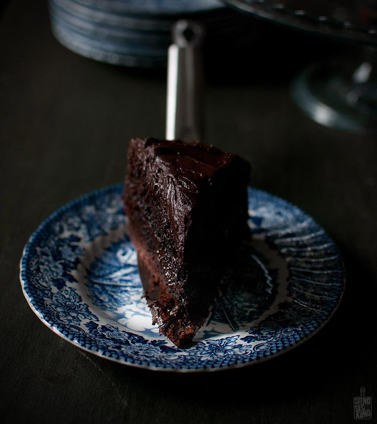 Chocolate cake | Sitno seckano
