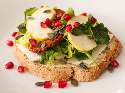 Cheese apple lettuce sandwich | Sitnoseckano