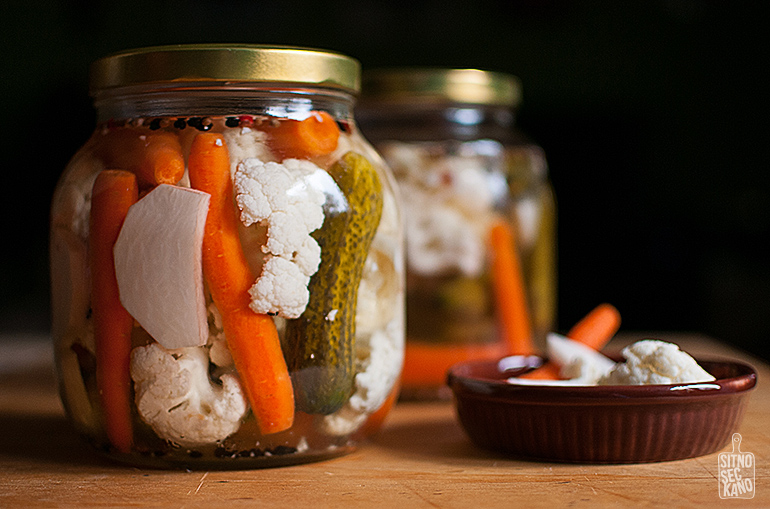 Quick pickled vegetables | Sitno seckano
