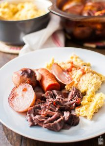 Red wine rasted beef with polenta | Sitno seckano