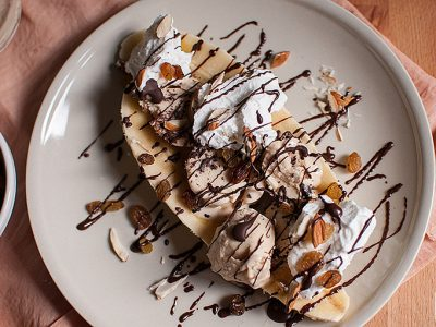 Peanut butter ice cream banana split | Sitno seckano