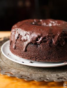 Chocolate blackberry bundt cake | Sitno seckano