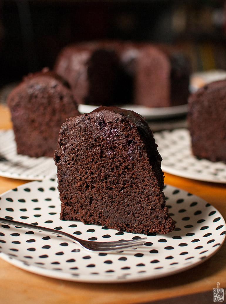 Chocolate blackberry bundt cake   Sitno seckano