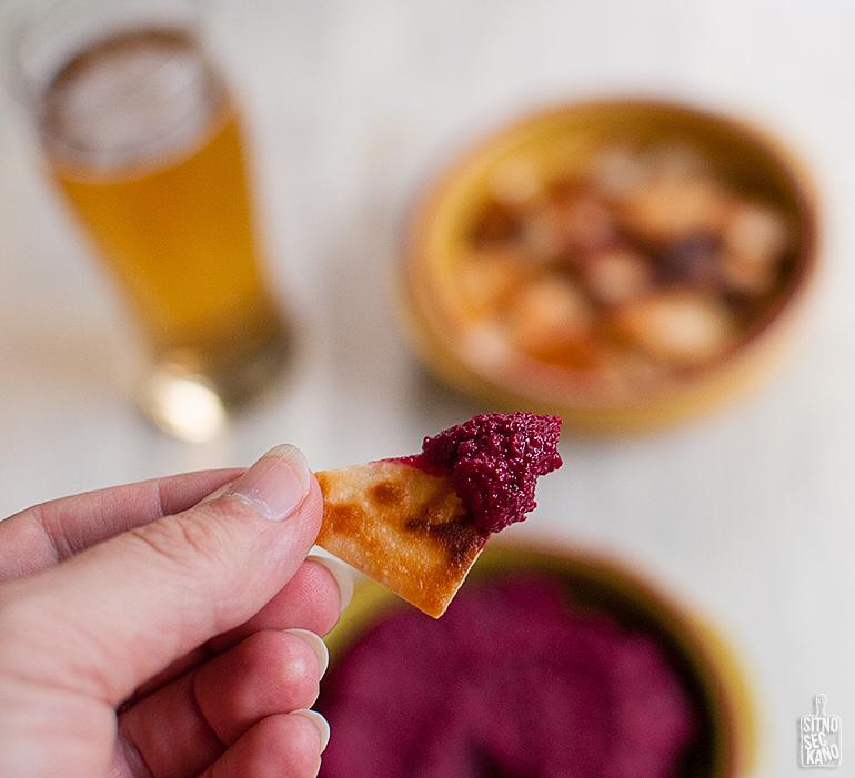 Beetroot hummus | Sitno seckano